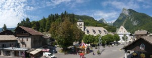 Le centre du village de Samoëns.